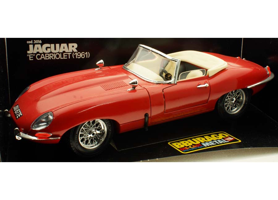 modellauto jaguar e type cabriolet 1961 rot burago 1 18. Black Bedroom Furniture Sets. Home Design Ideas
