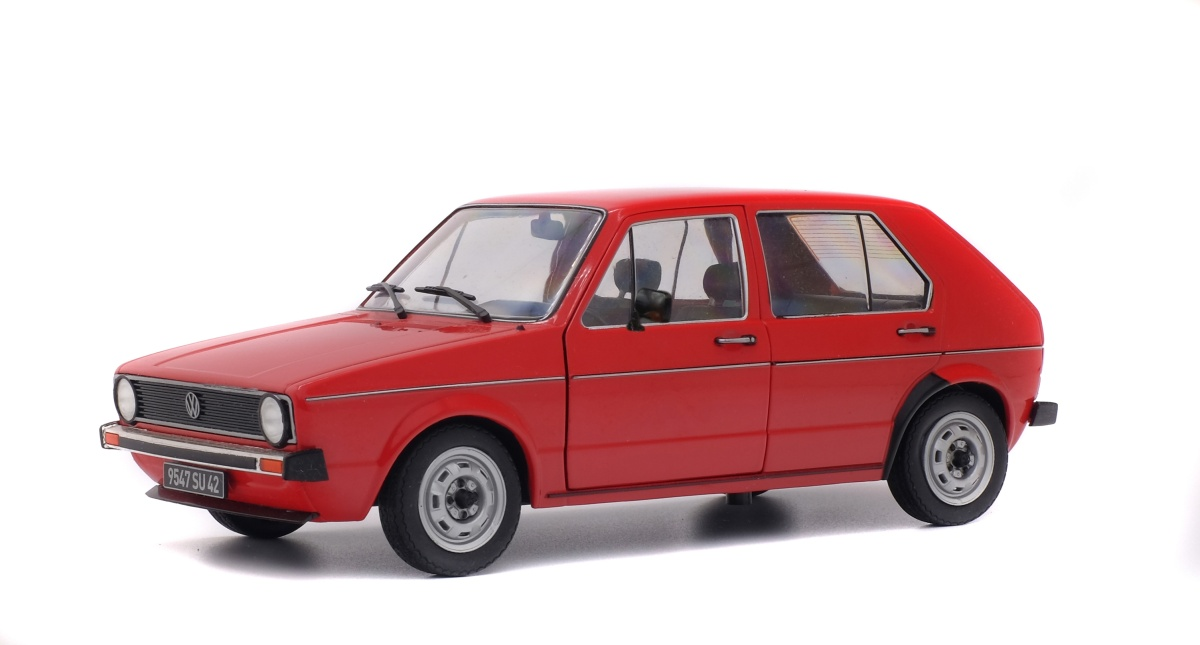 modellauto vw golf l 1983 rot solido 1 18 bei. Black Bedroom Furniture Sets. Home Design Ideas