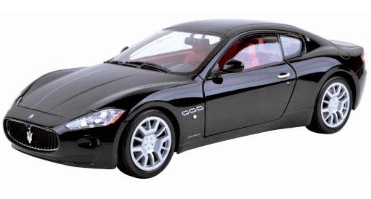 modellauto maserati gran turismo schwarz motormax 1 18 bei. Black Bedroom Furniture Sets. Home Design Ideas