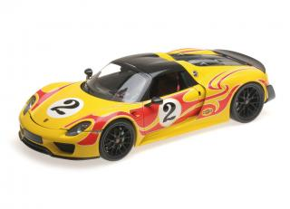 PORSCHE 918 SPYDER - 2013 - W/ WEISSACH PACKAGE - YELLOW W/ RED STRIPES Minichamps 1:18