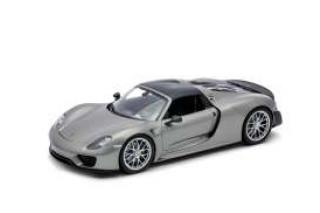 Porsche 918 Spyder with closed Top, grey Welly 1:18