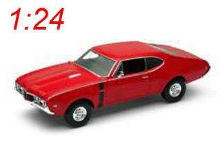Oldsmobile 442, red 1968 Welly 1:24