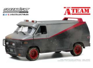 GMC Vandura 1983 Weathered Version with Bullet Holes *The A-Team 1983-87 TV Series Greenlight 1:24