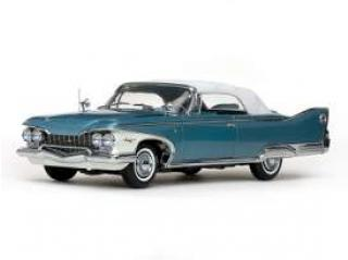 Plymouth Fury closed convertible 1960 white/twilight blue metallic  Sun Star 1:18