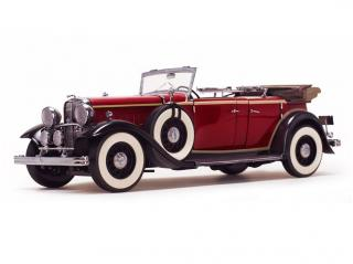 Ford Lincoln KB Top Down 1932 Rebelite Red SunStar 1:18