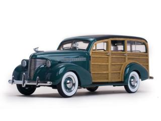 Chevrolet Woody Station Wagon 1939 Yosemite Green 6171 SunStar 1:18