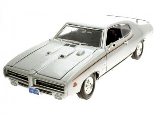 "Pontiac GTO ""The Judge"" 1969 silber MotorMax 1:18"