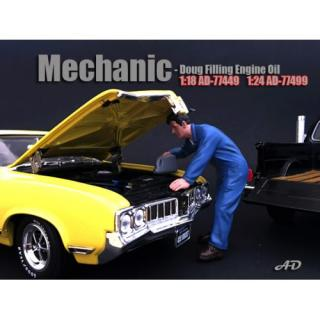 Figur Mechanic - Doug Filling Engine Oil American Diorama 1:18 (Autos nicht enthalten)