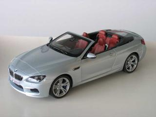 BMW M6 Convertible Silverstone II (silber) Industriemodell (in BMW-Verpackung) Paragon 1:18 (Verpackung defekt!)