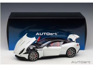 Aston Martin DB11 (morning frost white) (composite model/full openings) AUTOart 1:18