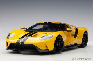 FORD GT 2017 (TRIPLE YELLOW/BLACK STRIPES) (COMPOSITE MODEL/FULL OPENINGS) AUTOart 1:18