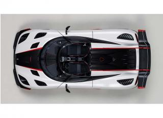 KOENIGSEGG ONE : 1 (PEBBLE WHITE/CARBON BLACK /RED ACCENTS) 2014 (COMPOSITE MODEL/FULL OPENINGS + REMOVABLE ROOF)  AUTOart 1:18