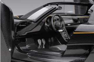 Koenigsegg One : 1 (clear carbon fiber/gold  stripes) 2014 (composite model/full openings + removable roof) AUTOart 1:18 Composite
