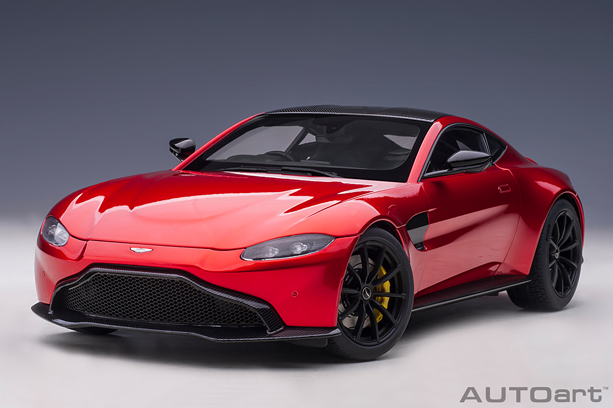 Modellauto Aston Martin Vantage 2019 Hyper Red Composite Model Full Openings Autoart 1 18 Bei Modellauto18 De