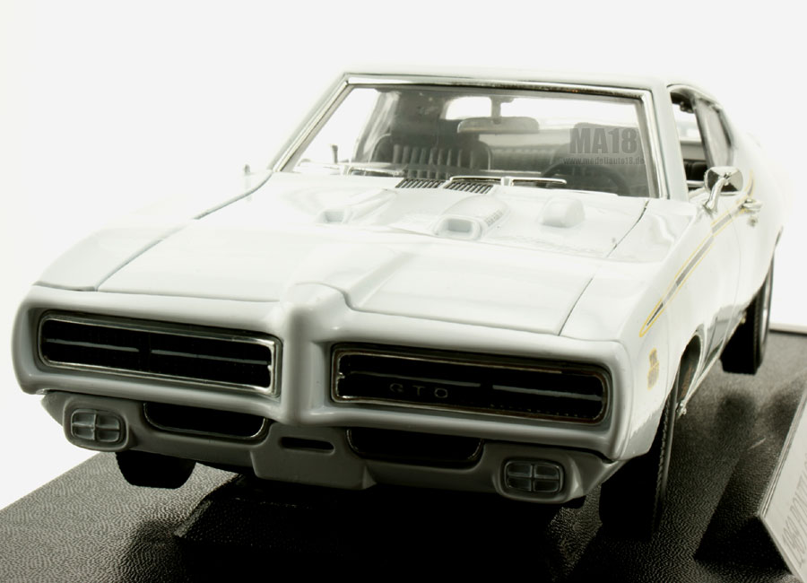 modellauto pontiac gto the judge 1969 motormax 1 18 bei. Black Bedroom Furniture Sets. Home Design Ideas