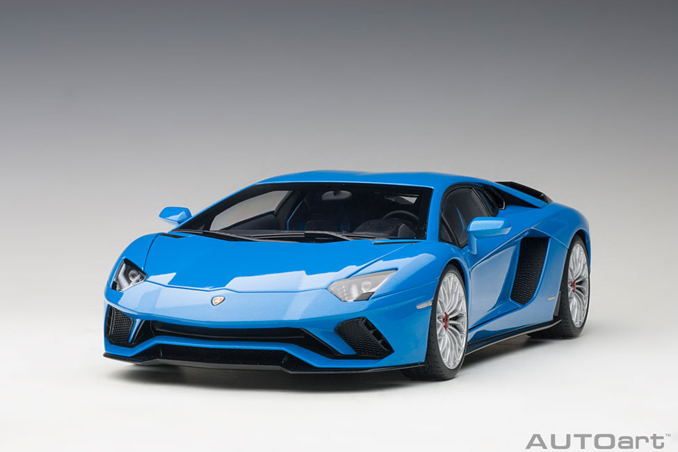 Autoart 79134-1//18 Lamborghini Aventador s 2017-Blu nila//Pearl Blue