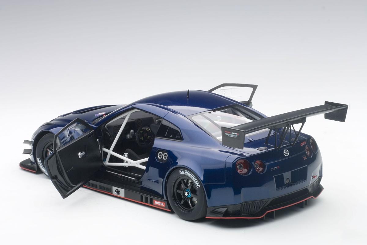 Modelcar NISSAN GT R NISMO GT3 AURORA FLARE BLUE PEARL 2015