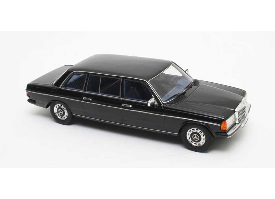 modellauto mercedes w123 long 1983 black cult scale 1 18 resinemodell t ren motorhaube. Black Bedroom Furniture Sets. Home Design Ideas
