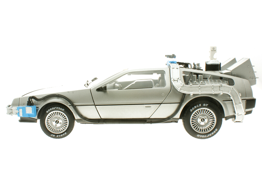 modellauto delorean zur ck in die zukunft ii back to the future time machine with mr fusion. Black Bedroom Furniture Sets. Home Design Ideas