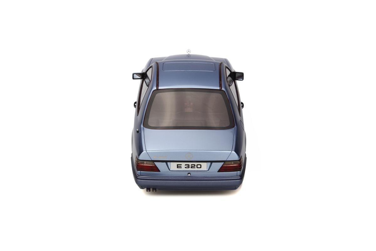 modellauto mercedes benz c124 e320 coupe pearl blue. Black Bedroom Furniture Sets. Home Design Ideas